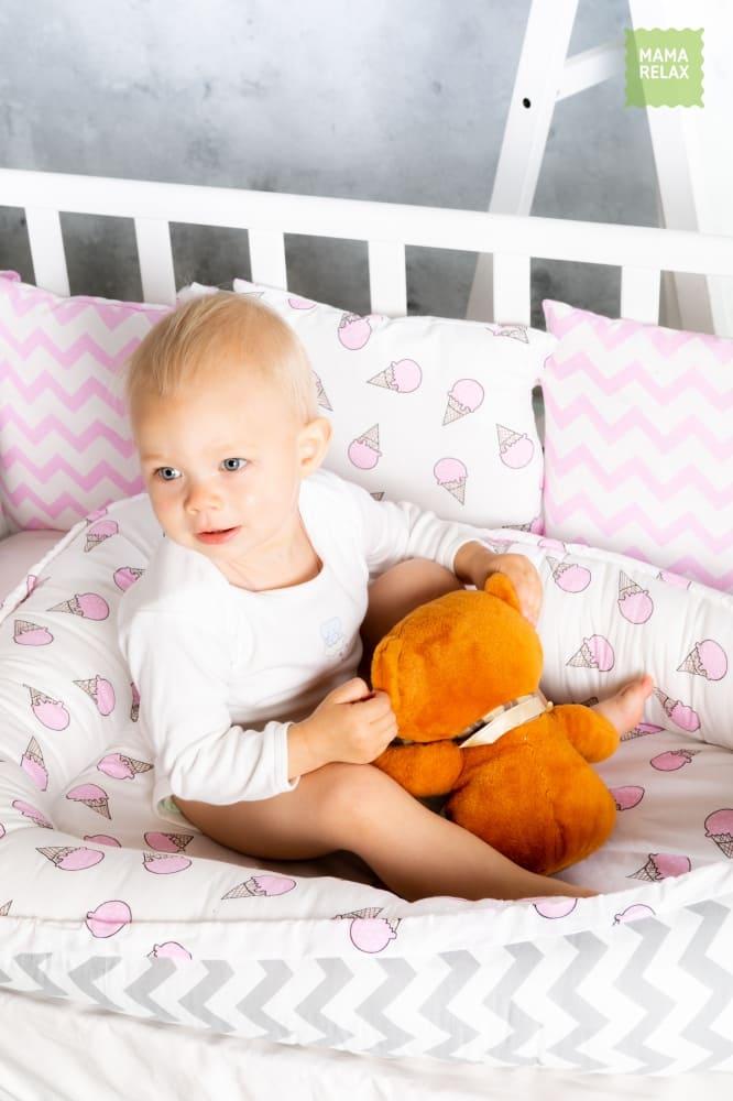 Гнездышко для новорожденного - Клубника со сливками